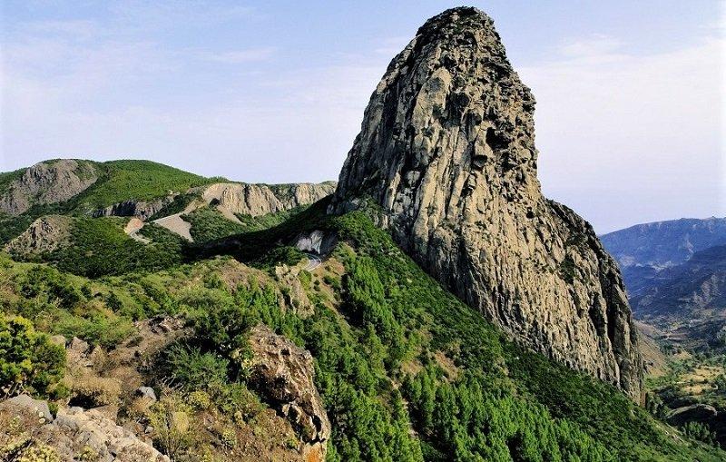 Widok z Mirador de Los Roques (La Gomera, Wyspy Kanaryjskie)